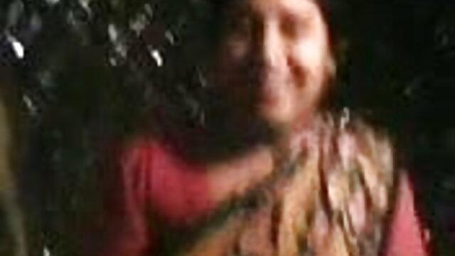 சூரிய சிறந்த அம்மா மகன் ஆபாச ஒளியில் ரெட்ஹெட்ஸ்