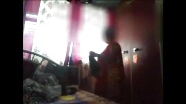 உடைந்த டீன் ரேச்சல் ஜேம்ஸ் ஒரு சவாரி முகத்திற்காக சிக்கிக் எச்டி ஆபாச இணையதளம் கொள்கிறார்