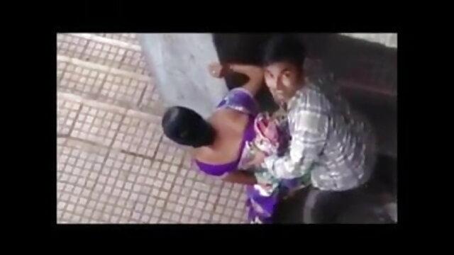 ரெட்ஹெட் சிறந்த நண்பர் porn டீனேஜரின் தொண்டை மனித பால், குக்கீகள் மற்றும்