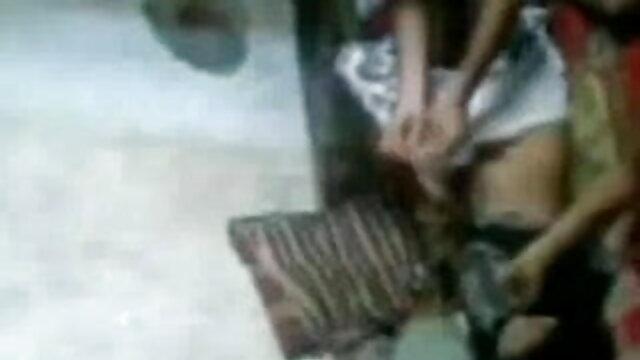 ரிஹானா டாப் 10 செக்ஸ் வீடியோ பெண் கருங்காலி ரியான் வேலை தேடுகிறாள்