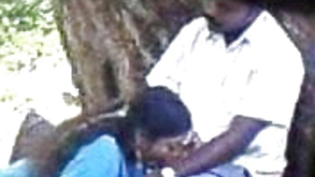 அலிசன் மற்றும் டானா உலகின் சிறந்த செக்ஸ் வீடியோ டோனி டிக் பகிர்ந்து கொள்கிறார்கள்