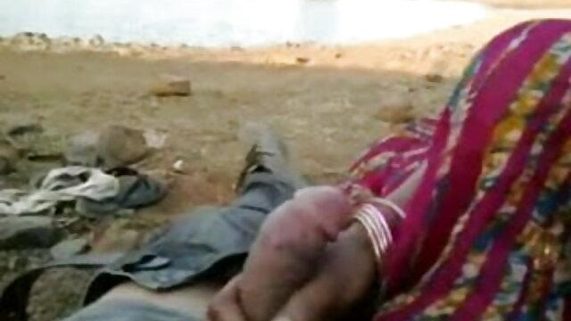 அழகி ஸ்விங்கர் தனது கணவரின் முன்னால் சிக்கிக் கொள்கிறாள் சிறந்த ஜப்பனீஸ் ஆபாச தளத்தில்