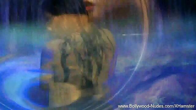 மில்ஃப் ஆழமான சிறந்த தேசி ஆபாச வீடியோக்கள் மற்றும் ரிம்ஜோப்பை விரும்புகிறார்