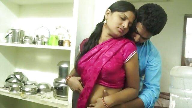 லத்தீனா ஒரு நல்ல கொலைசெய்யப்பட்டு சிறந்த நண்பர் அம்மா கடின ஃபக் பெறுகிறார்