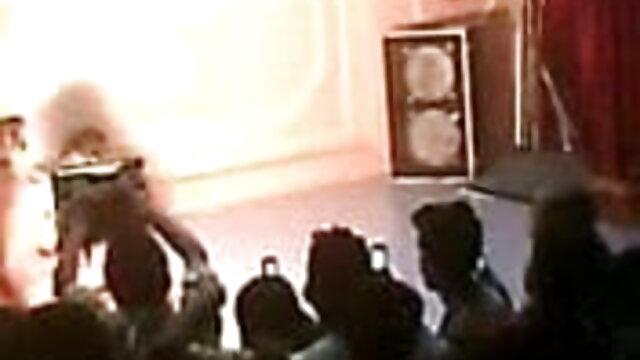 கிரீம் புக்கே xnxx சிறந்த அக்டோபர் புண்டையில் ஜெர்மன் பெண் கேங்பாங்