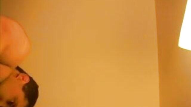 அழகான ஆசிய சிறந்த லெஸ்பியன் ஆபாச எப்போதும் டீன் அவளது புண்டையை புணர்ந்தாள்