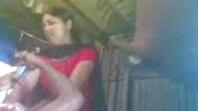 ஒரு மனிதனை ஒரு சிறந்த அக்டோபர் 2018 xnxx சச்சரவு செய்வதை மில்ஃப் தடுக்க முடியவில்லை