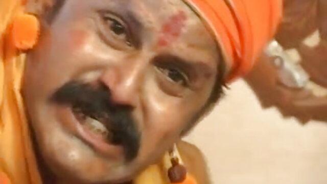 ஜேட் ஜாக்பாட் போக்கர் சிறந்த கடினமான ஆபாச பந்தயத்தை இழந்து ஒரு ஓய்வறையில் சிக்கிக் கொள்கிறார்
