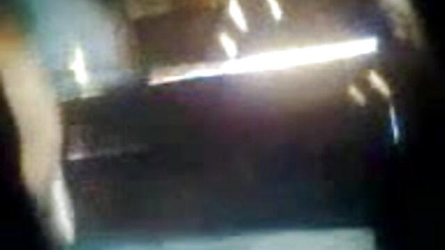 லெஸ்பியன் பெர்வர்ட் டாக்டர் சிறந்த கடின செக்ஸ் நிம்போ நோயாளியை சந்திக்கிறார்
