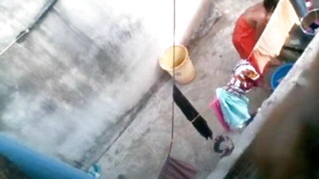 ஜோடி மேல் செக்ஸ், xxx ரஷ்ய டீன் முதல் முறையாக கேமராவில் செக்ஸ்