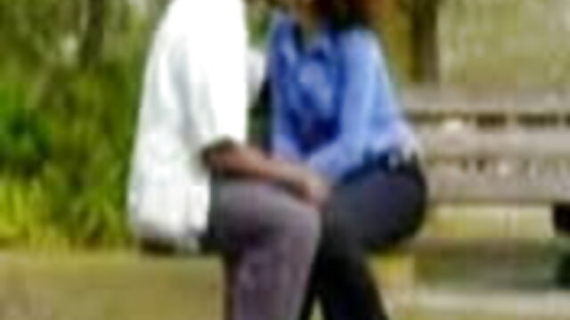 கார்னிவல் 2002 மிகவும் பிரபலமான 18 செக்ஸ் வீடியோக்கள் அனைத்து நேரம் குச்சி சாப்பிடுகிறது, இது மண்டபத்தில் வெளியிடப்பட்டது