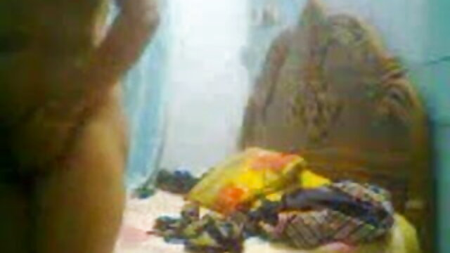 பொன்னிற பள்ளி மாணவி பிரிட்னி அம்பர் மற்றும் ஆபாச வீடியோக்கள் தளங்கள் பெரிய டிக்