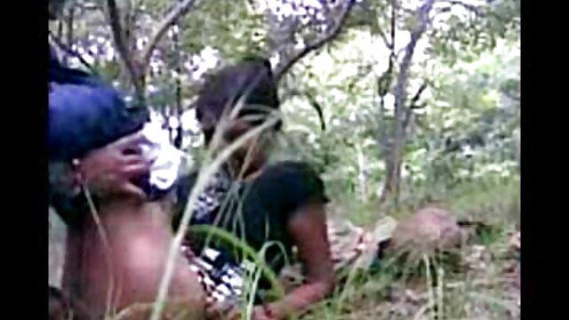 மாறுவேடமிட்ட சாக்லேட் கொள்ளை கற்பழிப்பு ஆ டீன் ஆபாச தளங்கள்