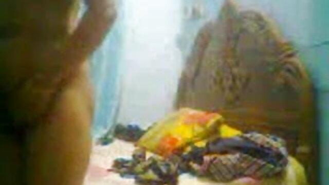 ஒரு நர்சரியில் சகோதரர் மியா கலிபா சிறந்த செக்ஸ் மற்றும் சகோதரி