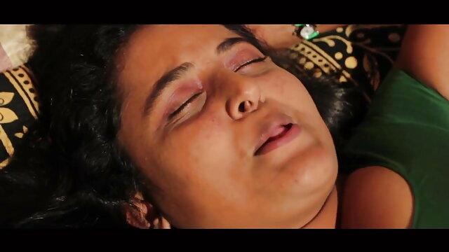 அழகி ஜென்னா ரோஸ் ஆபாச வீடியோ வலைத்தளங்களில் 4 வீட்டு யோகா வகுப்பிற்குப் பிறகு