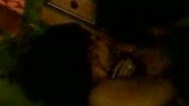 ஹங்கேரிய டீன் கேட்டி ஒரு சேவல் சவாரி செய்ய விரும்புகிறார் சிறந்த ஆபாச குழாய்
