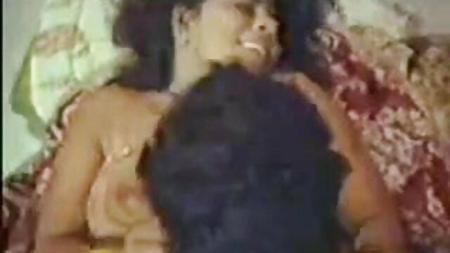 கவர்ச்சியான அழகு கரிசா சிறந்த hd செக்ஸ் வீடியோக்கள் கேன் ஈரமான புண்டை செக்ஸ்